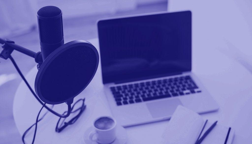 Salkkumedia etusivu taustakuva tietokone podcast